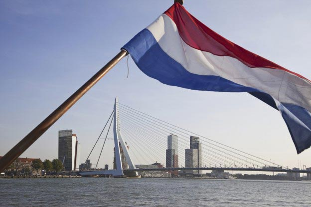 port of rotterdam, flag on boat